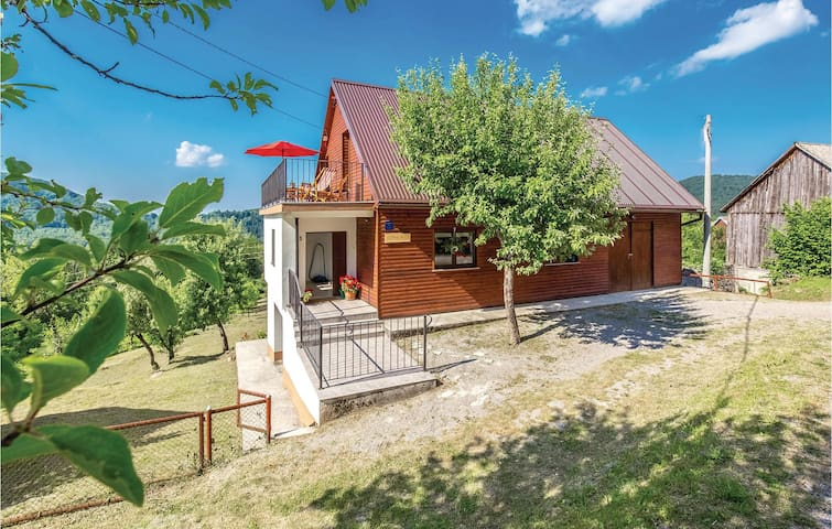 Holiday cottage with 3 bedrooms on 170 m² in Bukov Vrh