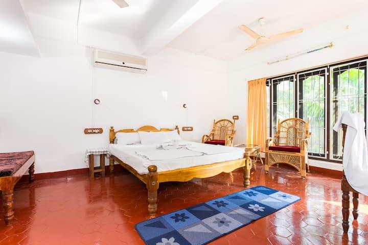 Family Room in a Homestay near Marari Beach A/C