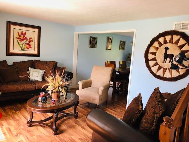 Cozy & Friendly Private Room in Fairfield - Ohio