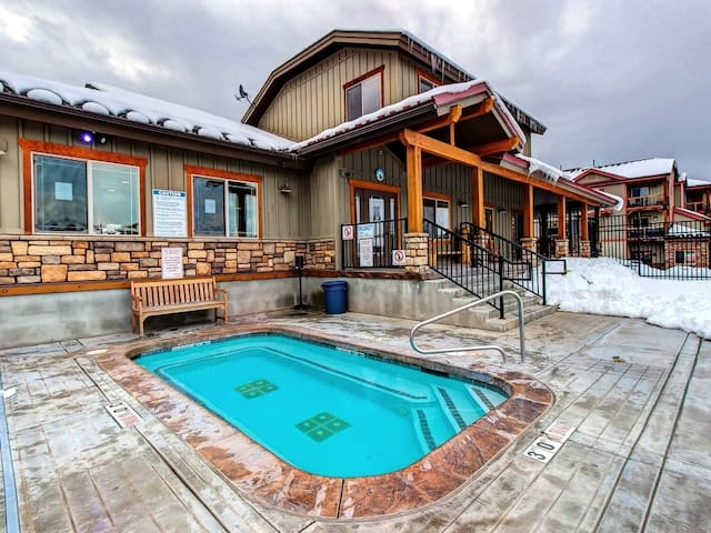 Bear Hollow Village Clubhouse - LARGE hot tub!  Soak away the day.