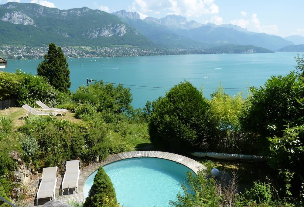 maison panorama lac montagnes maisons louer annecy rh ne alpes france. Black Bedroom Furniture Sets. Home Design Ideas