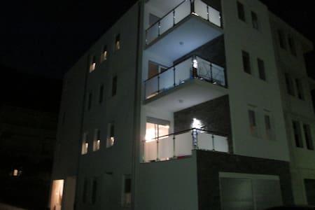 Lara apartment 3 Makarska Riviera - Drvenik