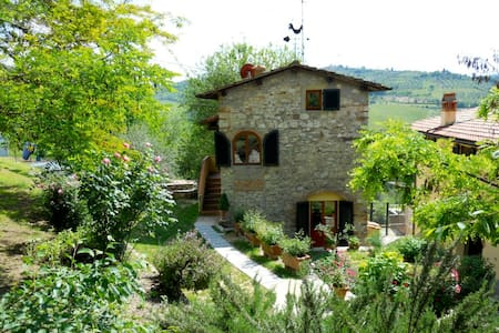 La Casina, in Tuscany countryside - Pelago