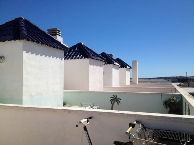 Spacious flat with sun terrace - Almoradí - Apartment