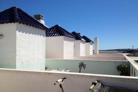 Spacious flat with sun terrace - Almoradí