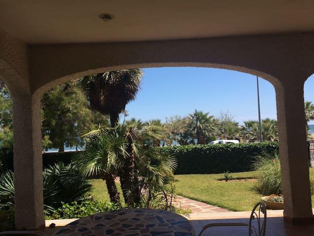 Casa en 1a línea playa VT-31406-CS - Benicàssim, Castelló - House