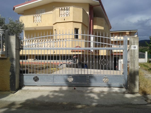 casa al mare con  - San Sostene