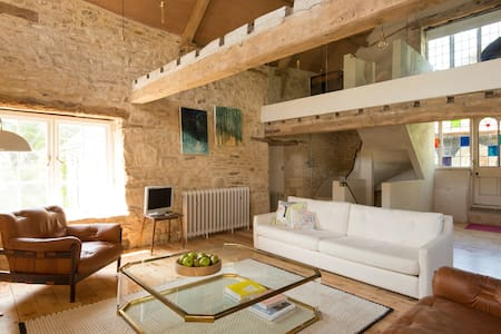 Modern Hayloft in Cotswolds - Nailsworth