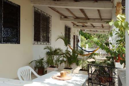 La CasaBlanca. Ballenita - Társasház
