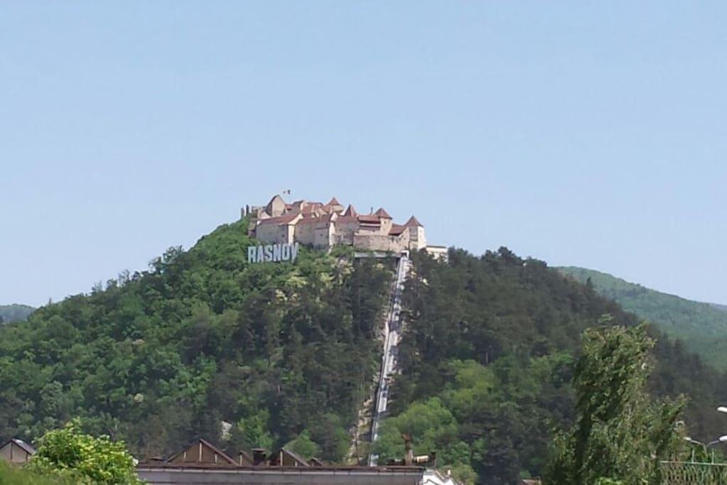 "The fortress of the town: ""Citadel Rasnov"""
