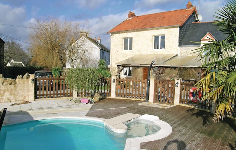 Semi-Detached with 3 bedrooms on 120m² in Crossac