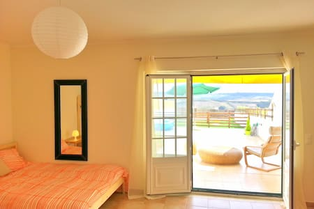 ZEN S.JULIÃO BEACH HOUSE-NEAR ERICEIRA - Carvoeira - 公寓