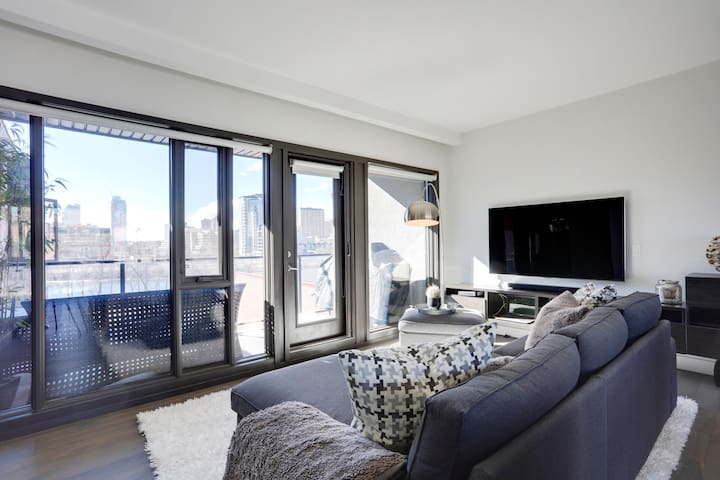 Executive Luxury Penthouse  With River/City Views - Calgary - Condominium