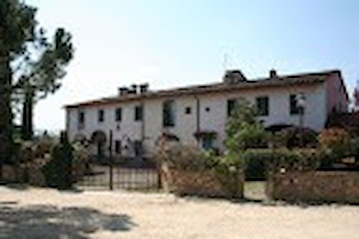 Tuscan countryside - Certaldo - House