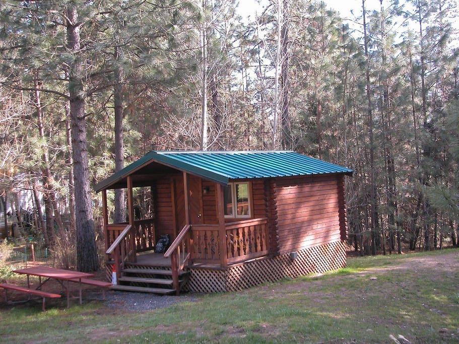 Yosemite westlake resort cabin 2 cabins for rent in for Cabins in yosemite