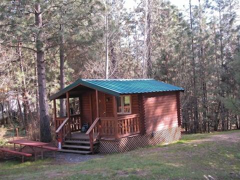 Yosemite Westlake Resort - Cabin #2