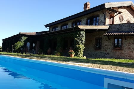 Villa in Monferrato with pool - Cremolino