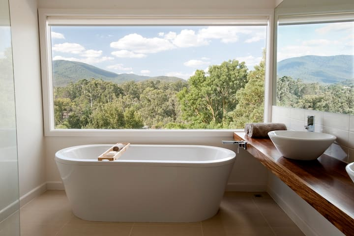 Healesville Luxury Escape