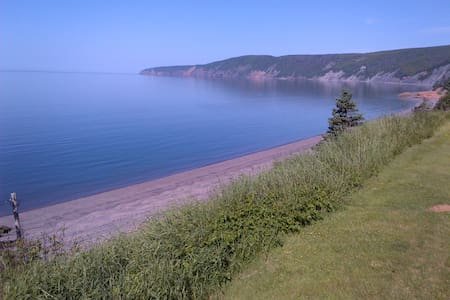 Oceanfront Bay of Fundy Retreat - Advocate Harbour - 단독주택