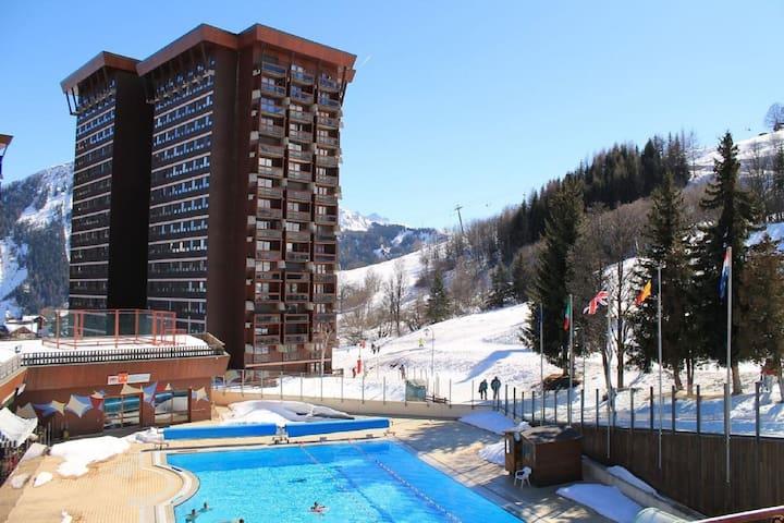 Agradable apartamento en Villarembert con piscina