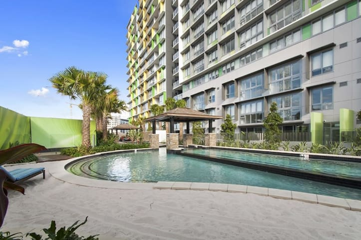 1 bedroom apartment, pool - Fortitude Valley - Byt