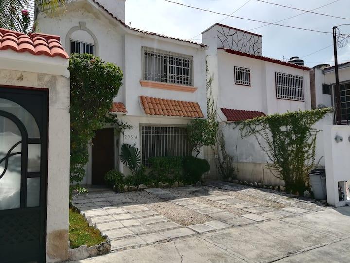 Habitación Monarca I  Entrada Independiente/Cancún