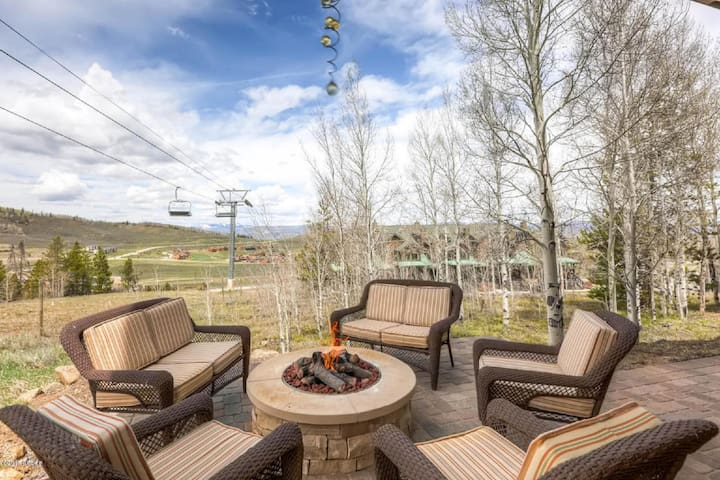 Summer Relaxation at Granby Ranch; Private Home!