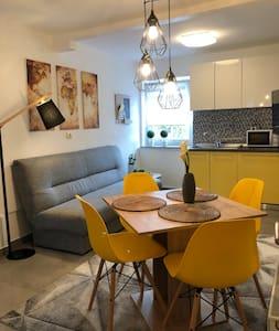 Moderner Apartment fur 1-6 Personen mit Parkplazt