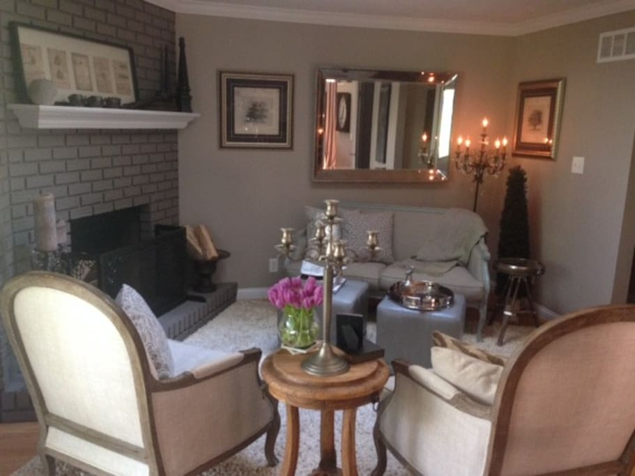 Sitting room / Hearth room