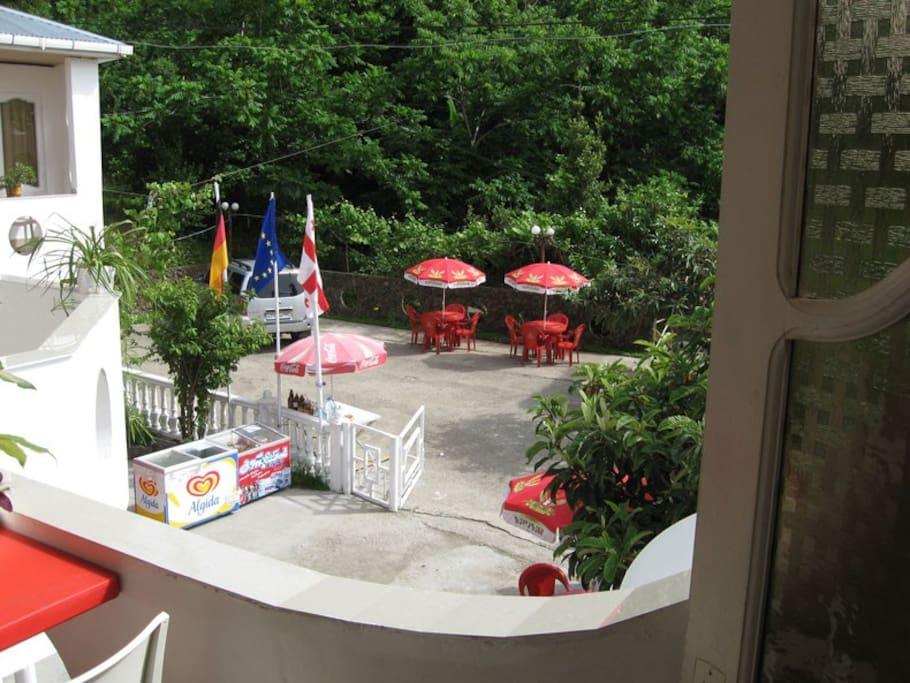 Вид с террасы отеля.