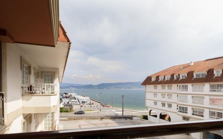 Apartamento con acceso directo a la playa - Combarro
