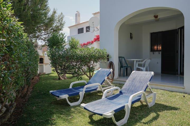 Quentao White Villa, Quarteira - Quarteira - Huis