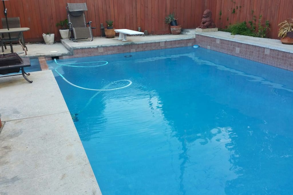 Cozy 19ft trailer pool near disney campers rvs for rent for Leslie pool garden grove