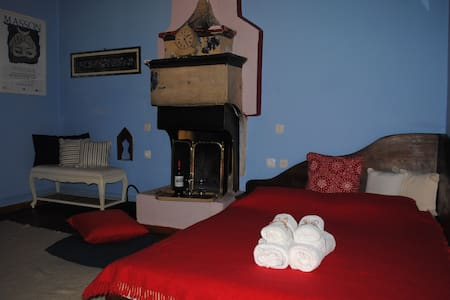 Orestis House Traditional Cottage - Ano Pedina - Bed & Breakfast