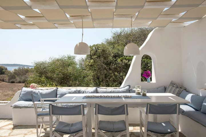 Stylish private Villa Veni with pool and BBQ!