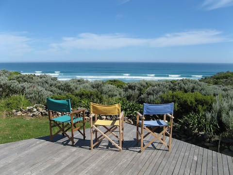 Shelly Beach Retreat.  Ocean views