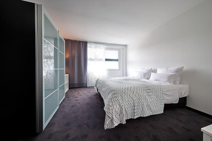 IAT Plaza Hotel Boardingwohnungen