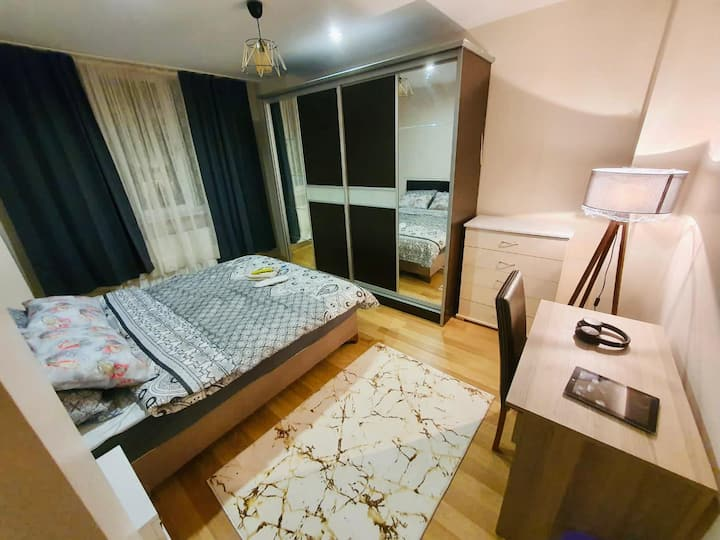 Private deluxe bedroom in Beşiktaş