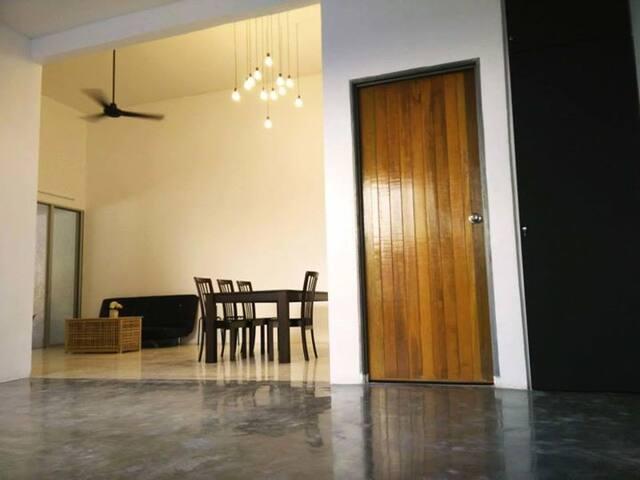 Cozy House - Kasa Ria @ Muar - Muar - Huis