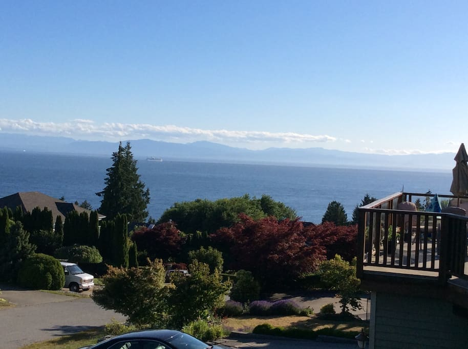 Panoramic oceanviews from deck (way nicer in person, check out reviews:)  Cruise ships visible all year round w/ Vancouver Island in the background