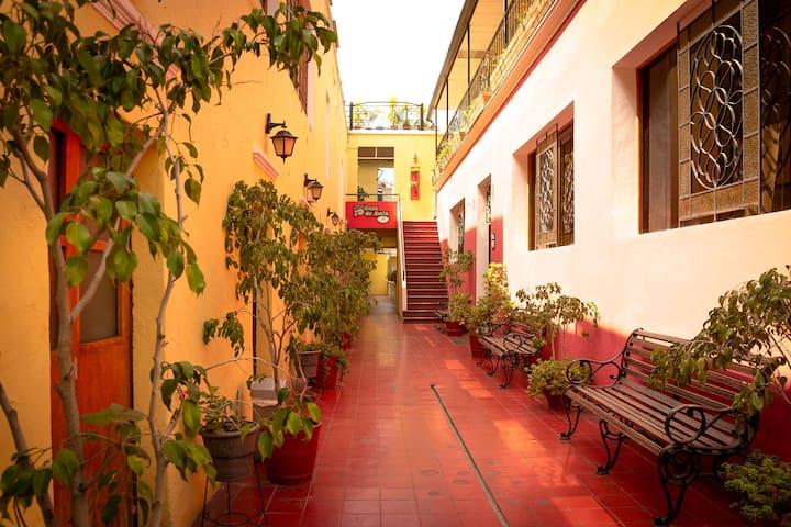 Casa de Avila Hotel, Oasis en Centro. Hab Triple