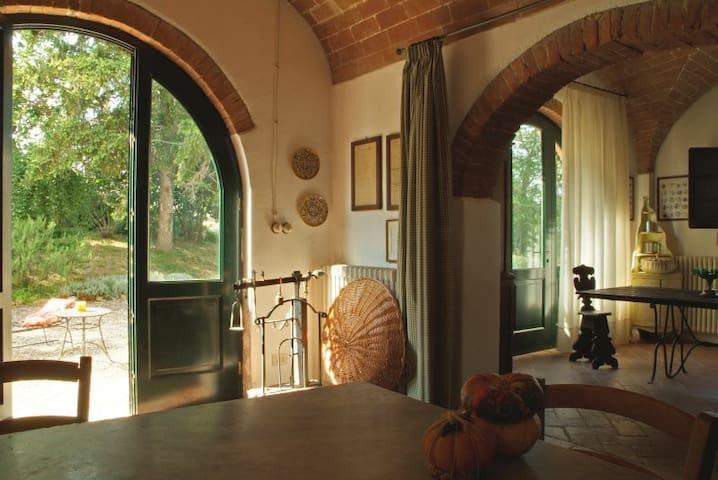 Charming cottage on a tuscan hill - San Miniato - Casa