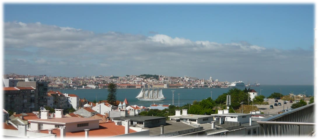 TAGUS RIVER LISBON - Almada - Apartment