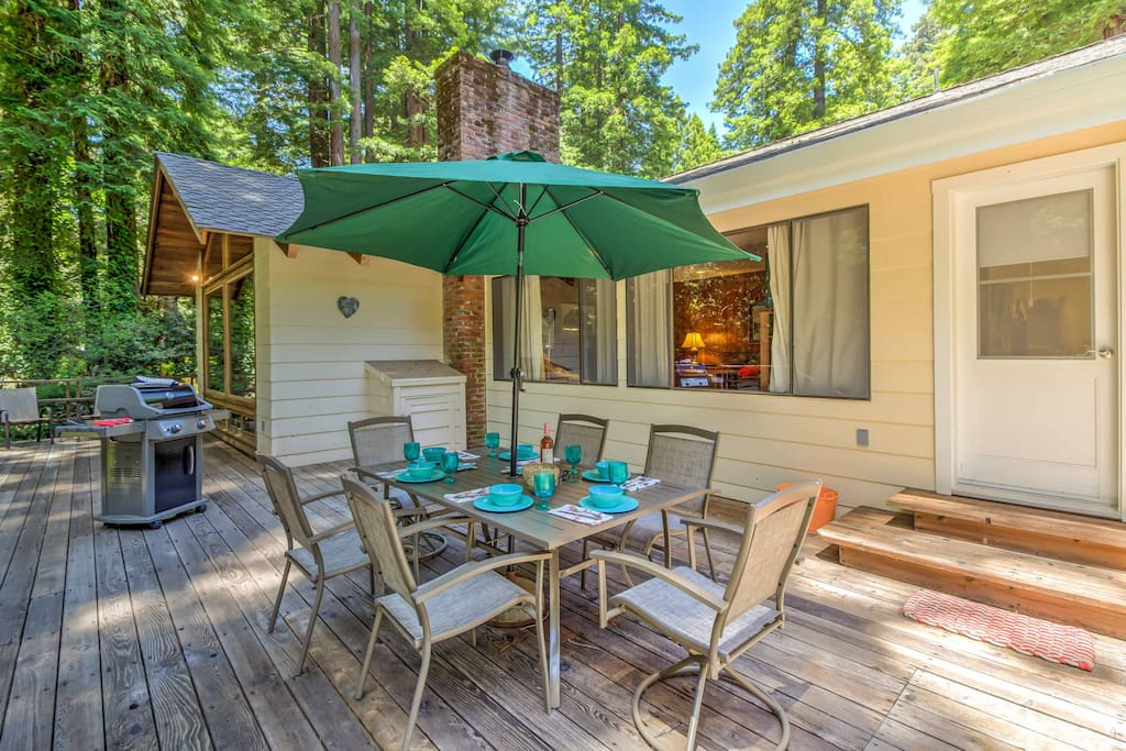 Grill and dine beneath the trees on the outdoor deck.