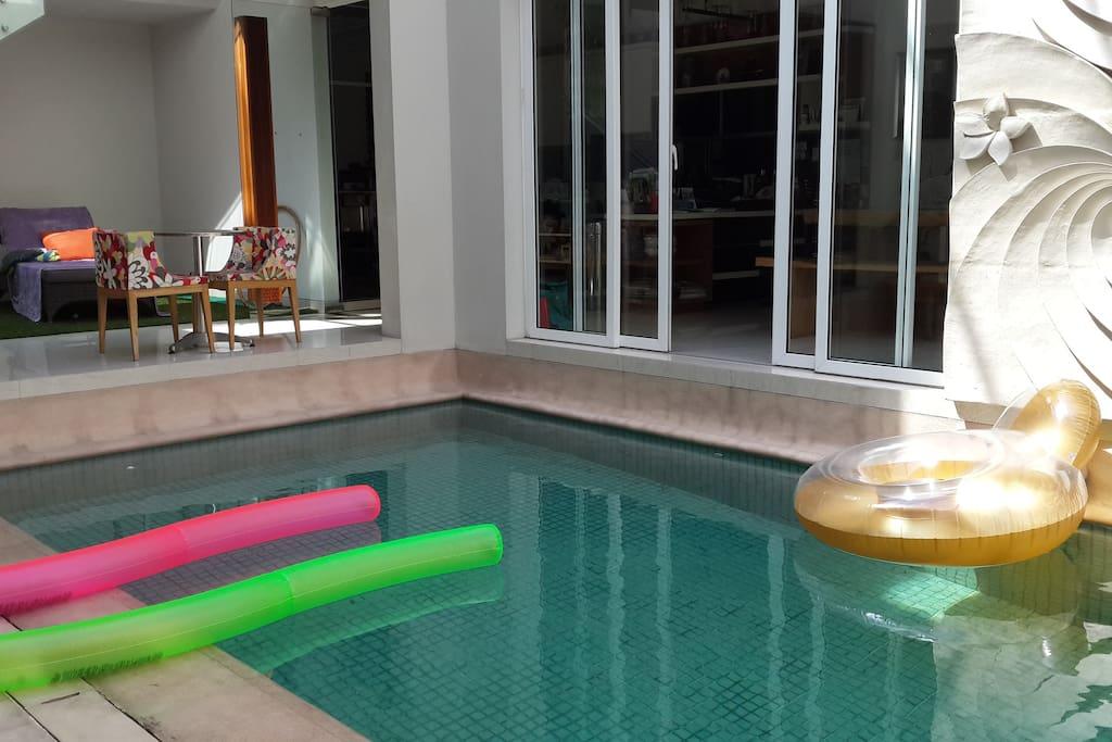 Clean Comfie House With Indoor Pool Houses For Rent In Cengkareng Daerah Khusus Ibukota