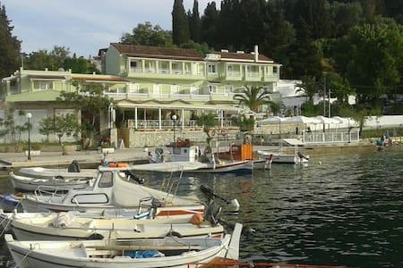 Golden Sunset Hotel Boukari Corfu - Kouspades - Oda + Kahvaltı