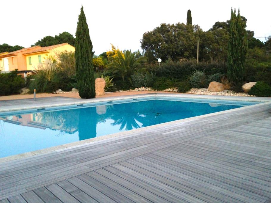 Mini villa avec piscine proche mer maisons louer - Hotel porto portugal avec piscine ...