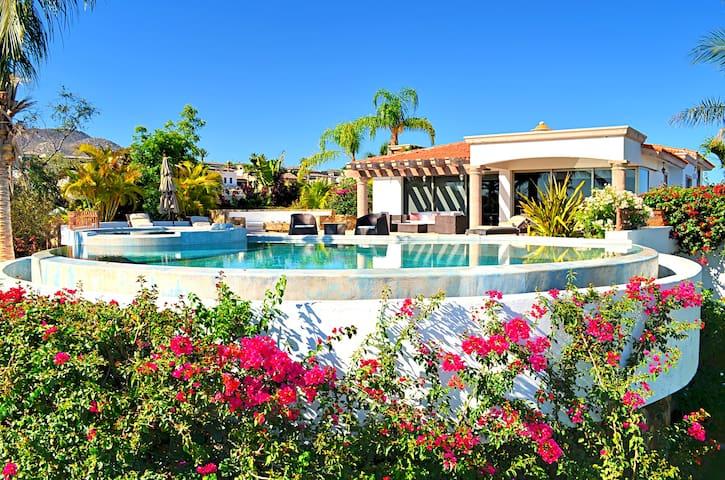 Casa M, Luxury Villa, 3 Bedrooms, Ocean View - Cabo San Lucas - Huis