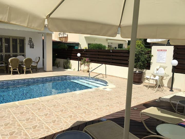 Villa with 3 bedrooms in Kissonerga, with wonderful sea view, private pool, enclosed garden - 4 km from the beach