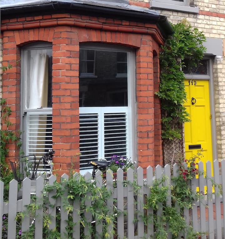 Stunning 2 bed Victorian home MIN 1 MONTH RENTAL